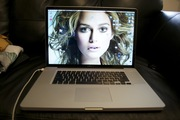 MINT 17 Inch Macbook Pro 6, 1 2.66 GHz i7 8gb 500GB Glossy 1920x1200